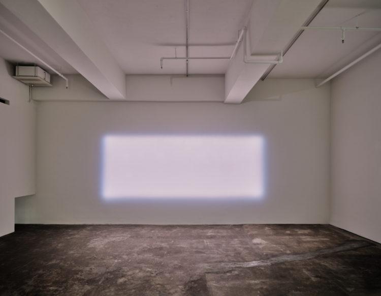 "Germaine Kruip (°Castricum, 1970), ""Cinemascope"", 10 spots, dimmers, DMX-player"