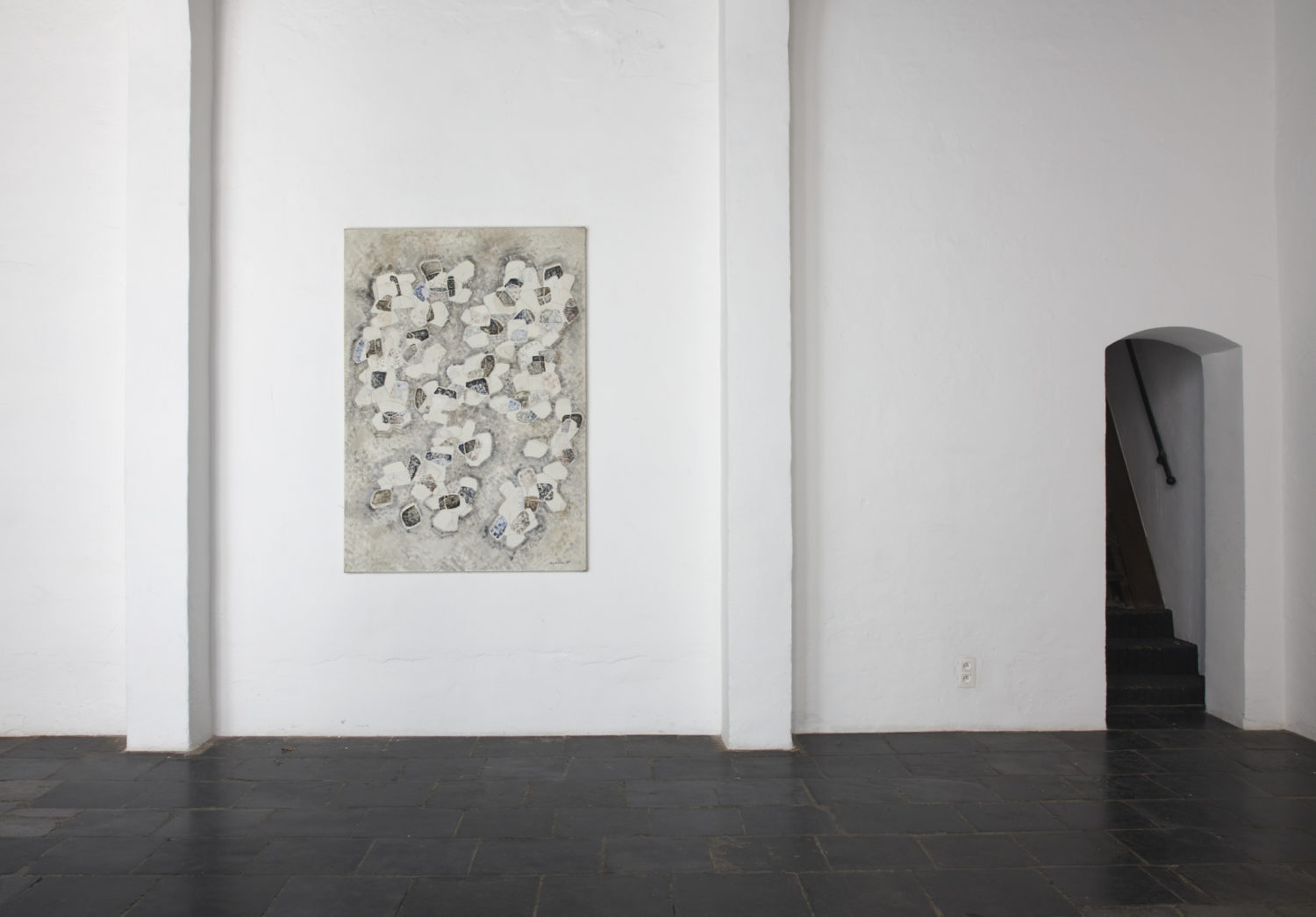 Installation view Ida Barbarigo, Unity in Depth at Axel Vervoordt Gallery