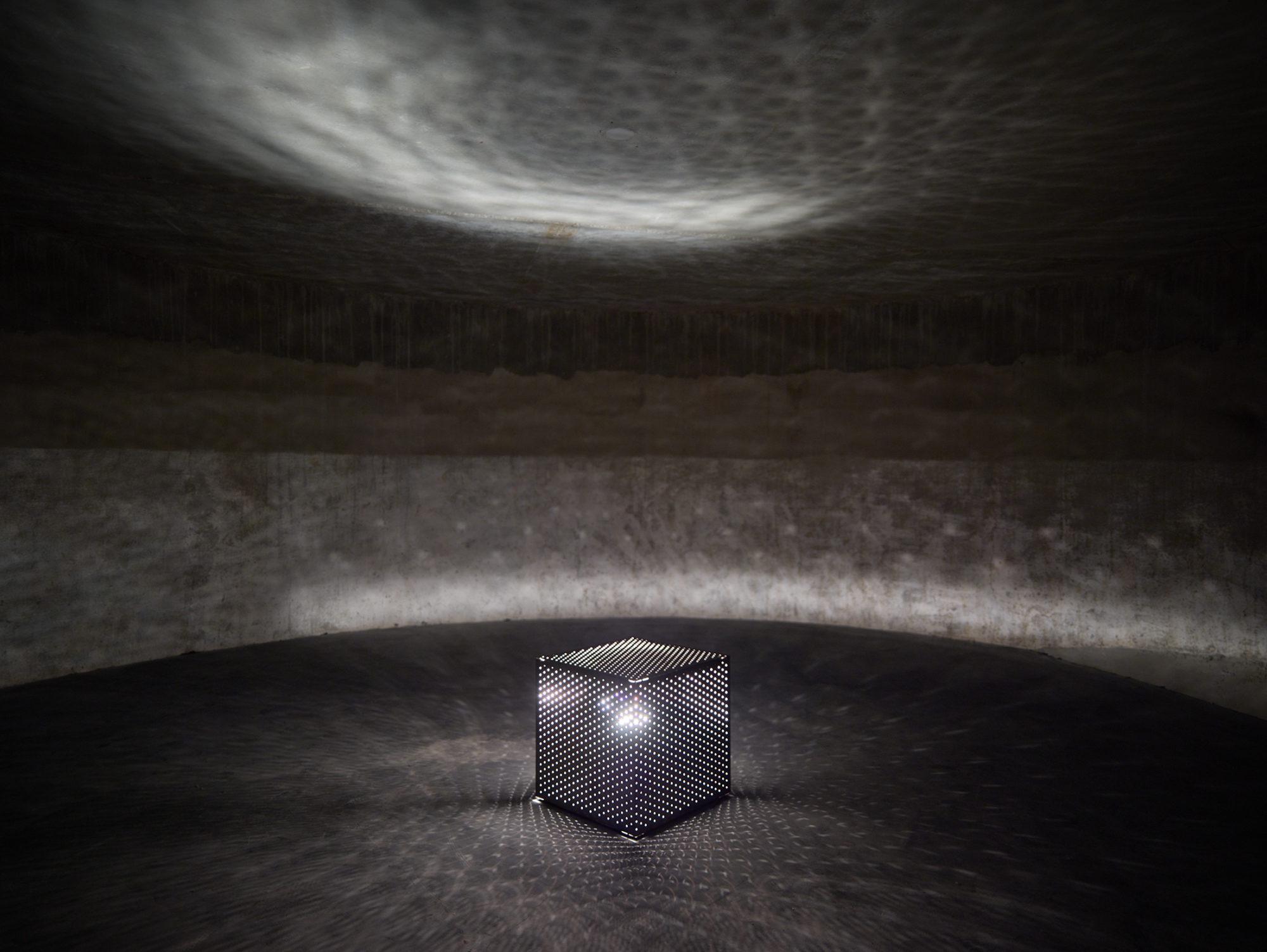 """Installation view of Otto Piene's """"Lichtballet"""" (1970s)"""